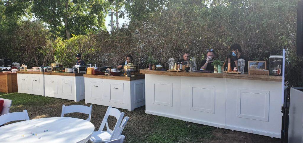 דוכני מזון ועגלת קפה של קייטרינג לבר מצווה